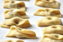 Pasta fatta in casa ,semplice e ripiena ,specialità regionali