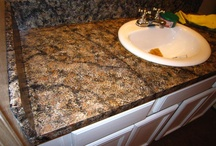 Countertops/Kitchen Makeovers / by Debbie Gibson
