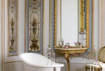 Victorian Bathtubs / Linhas clássicas trazem de volta o glamour e o charme das épocas passadas.