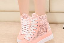 I LOVE SNEAKERS <3
