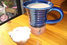 The right mug