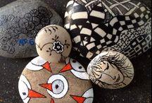 Zentangle - Doodles - painted pebbles - sten / Håndtegnede eller malede sten fra den danske vestkyst.  En dejlig afslappende beskæftigelse...