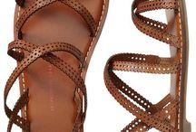 {shoes} / by Dani Fassbender