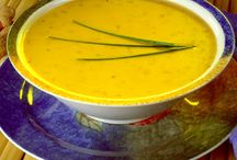 Soup & Chowders / great soups, and chowders for any day of the week / by Rosanne Gionet