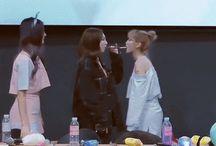 Momo&Nayeon