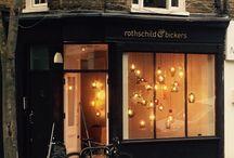 Showroom / Lighting showroom for Rothschild & Bickers in Islington Cross Street N12BA