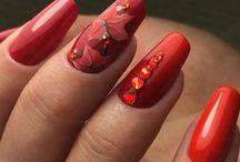 Красные ногти (Red nails)