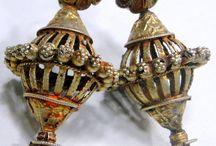 Antiques / Gioielli antichi