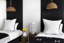 bedrooms: twin beds / bunks