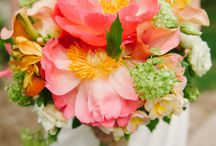 Some Day; Soon! - Flowers and Centerpieces / by Jessica Schacht