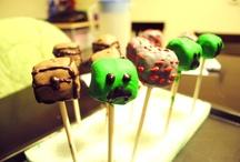 Cake pops / by Debbie Foland-Donahue
