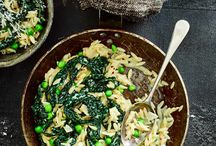 Veggie pasta recipes / Who said that veggie recipes have to be boring? Our range of healthy veggie pasta recipes to one pot recipes and vegan pasta recipes have you covered for the nights where you fancy a quick evening meal.