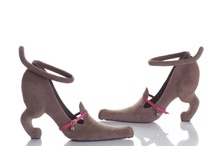 Shoes / by Melissa Siqueira