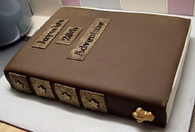 Book Themed Cakes / by Emiloly Bringabrolly