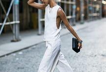 Fashion Bloggers Poses