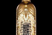 Tigre Blanc / Vodka Française super premium distribuée par Musée des Vins. Bienvenue dans l'univers OPEN LOVE...