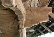 rostuiri în lemn