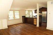 Garage / Apartments