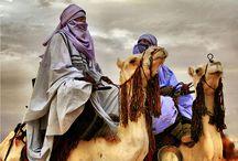 民族資料 / 世界中の様々な民族の、人や建築物や文化や風習なんかをまとめた(主に中東やアラビアンなところ)