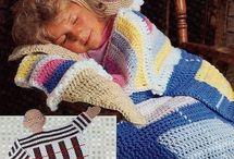Knit/crochet / by Nicole Platz