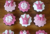 Sweet cake yummiest ....fondant ♥