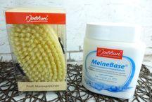 P. Jentschura / Auch äußerlich angewendet ist eine basische Pflege sehr gut für die Haut.