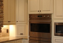 CABINETS / Cabinets available thru Northwest Building Supply. KraftMaid, Merillat, Quality & Mid Continent