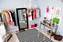 {Drool Worthy Closets} / How much room do you need to sleep? But shoes, they need their space. - Head over Heels (2001)