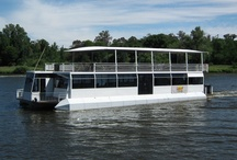 Liquid Lounge  / Ultimate floating venue for 40-120 guests.  Suitable for corporate events, private parties, weddings and public Sunday Lunch Cruises