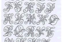 Alfabetos de distintos bordados
