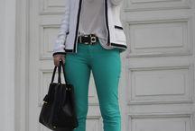 Estilo calça verde / Inspiração de look com calça verde bandeira e verde claro.