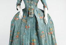 18th century robe à la Francaise