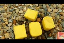 All about BEESWAX / http://www.mahakobees.com Beeswax, wax, raw wax, candles, and other bees wax related products from the beekeeping industry.