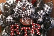 Alabama Wreaths and Decorations