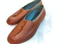 St. Cyr / Calf with natural beaver tail and ribbon trim. lined in aqua kid skin for comfort.