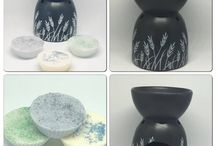 Oil burners, oil warmers, scented gift sets / Ceramic home decor, wax warmers, oil burners, tea light candles