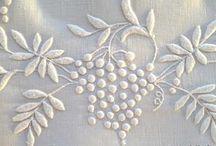 haft biały