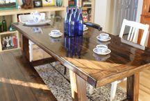 farmouse kitchen table / by Carla Aichs
