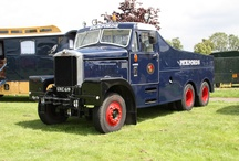 Vintage vehicles / Vintage Pickfords lorries, trucks and vans spotted across the UK and sometimes beyond!