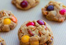 Yummy Desserts! / by Vanessa Johnson
