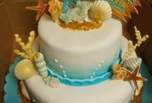 Beautiful cakes! / by Yesi Rivera