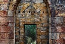 Eski tarihi yapılar