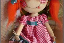 bambole pupazzi di stoffa