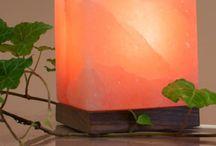 Lampen und Beleuchtung / Deckenlampen aus Capitzmuscheln / Perlmutt, Tischleuchten aus Keramik, Lampenschirme aus geschröpftem Papier, Salzkristalllampen für Ihre Wohlfühloase