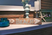 Coastal Chic Restyle / I love to keep by backgrounds neutral so I can change my colors and accessories with the season, or with my mood. It's winter, but it has been so sunny and warm, I wanted to bring out the turquoise palette again and give it a beach feel.