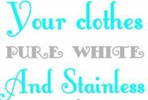 Cleaning clothes with baking soda