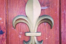 Fleur de Lis / Curtis Homes likes the French symbol.  To us it reminds us of the importance of building hope, building futures, and building dreams.