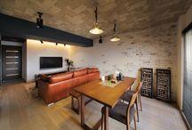 Flooring (timber) と Wall