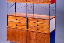 Shelves / Cabinets