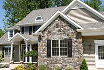 Stone Veneers for Beautiful Curb Appeal / Natural stone veneers can dramatically transform the look of your home. The look is classic and clean, and gives the impression of a homeowner who doesn't take shortcuts and believes in using high-quality materials.